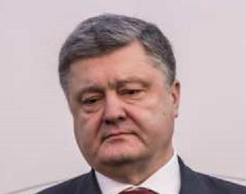 Порошенко вновь оскорбил участников акции «Бессмертный полк»: «ряженые»