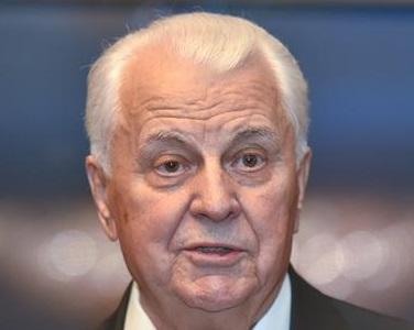 Кравчук посоветовал Зеленскому, как остановить войну на Донбассе
