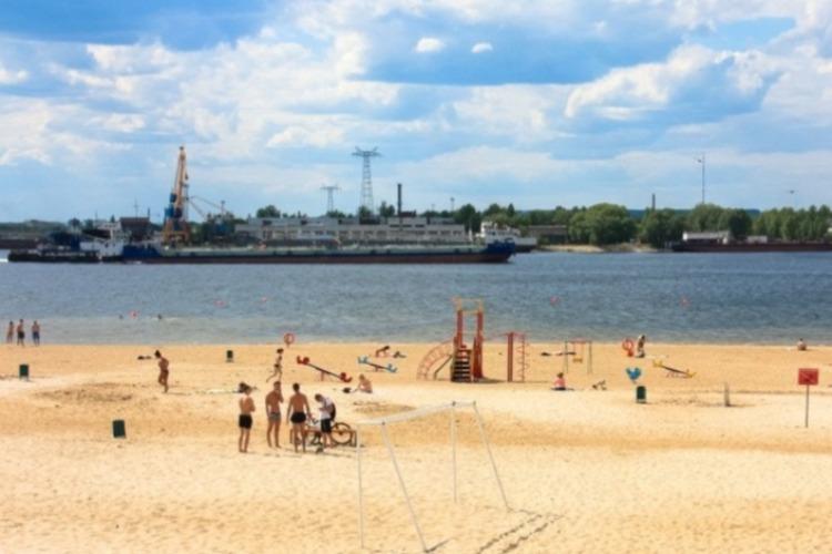 Опубликован график работы городских пляжей. Купальный сезон планируют начать с 20 июня