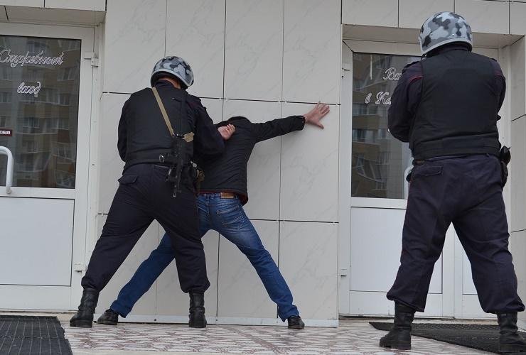 Балаковские росгвардейцы задержали убийцу сокровавленными руками