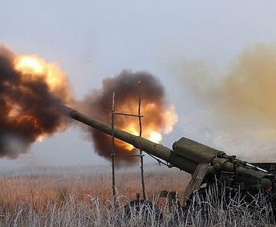 Жители Донецка: в городе начался ожесточенный бой с использованием РЗСО