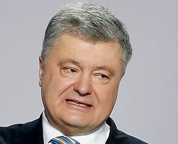 «Фронтовик» Порошенко пообещал «назло Путину» не прятаться