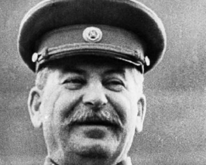 Бывший следователь добивается возбуждения уголовного дела в отношении Сталина